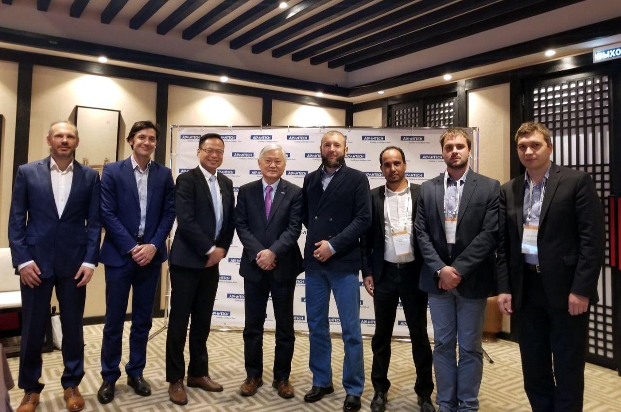 Генеральный директор Conel Владимир Комардин выступил на круглом столе
