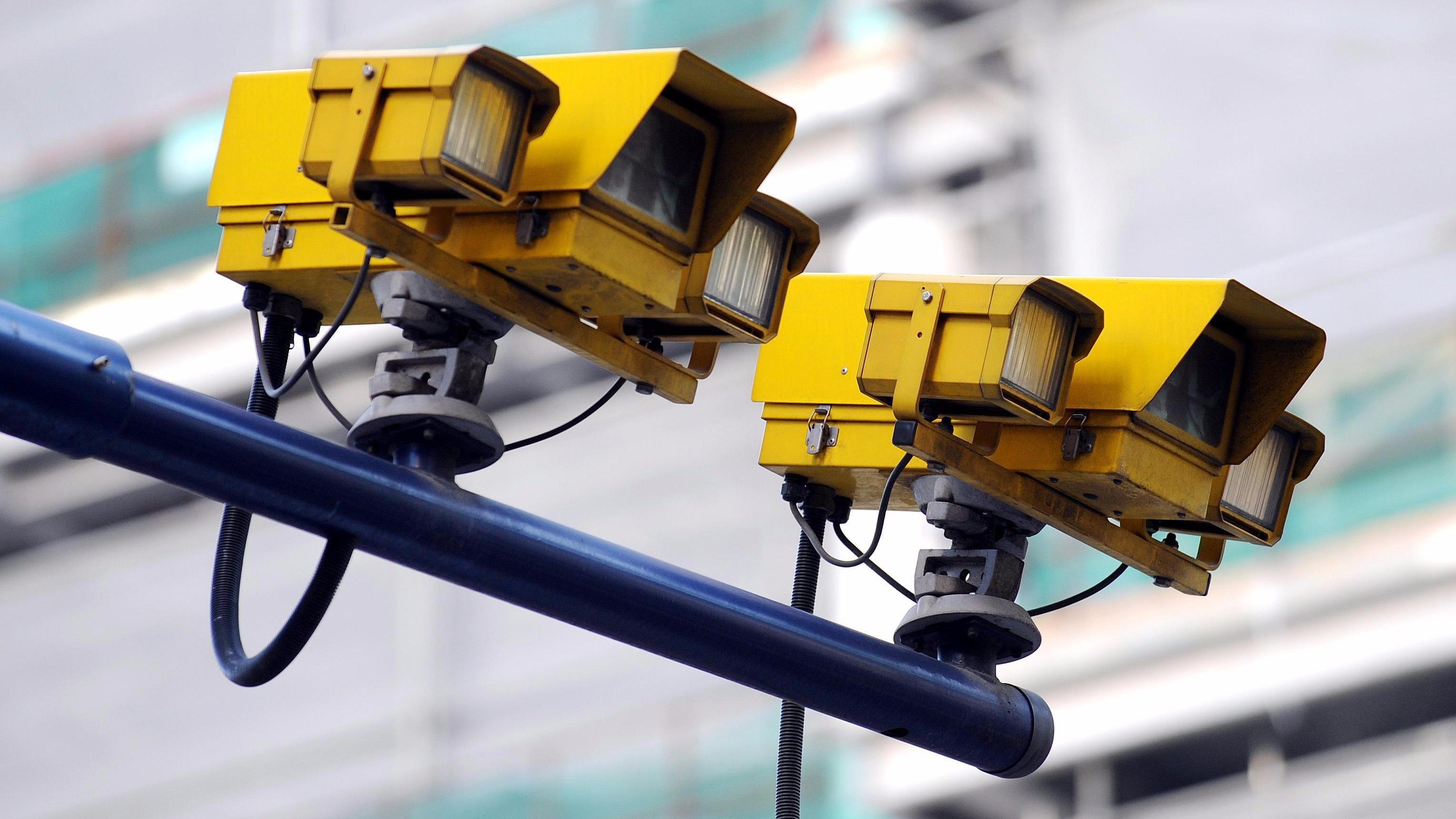 Решения Conel Advantech для систем фотофиксации нарушений ПДД